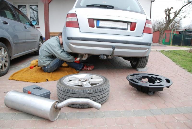 The importance of proper wheel alignment in lansing mi for Motor cars lansing mi